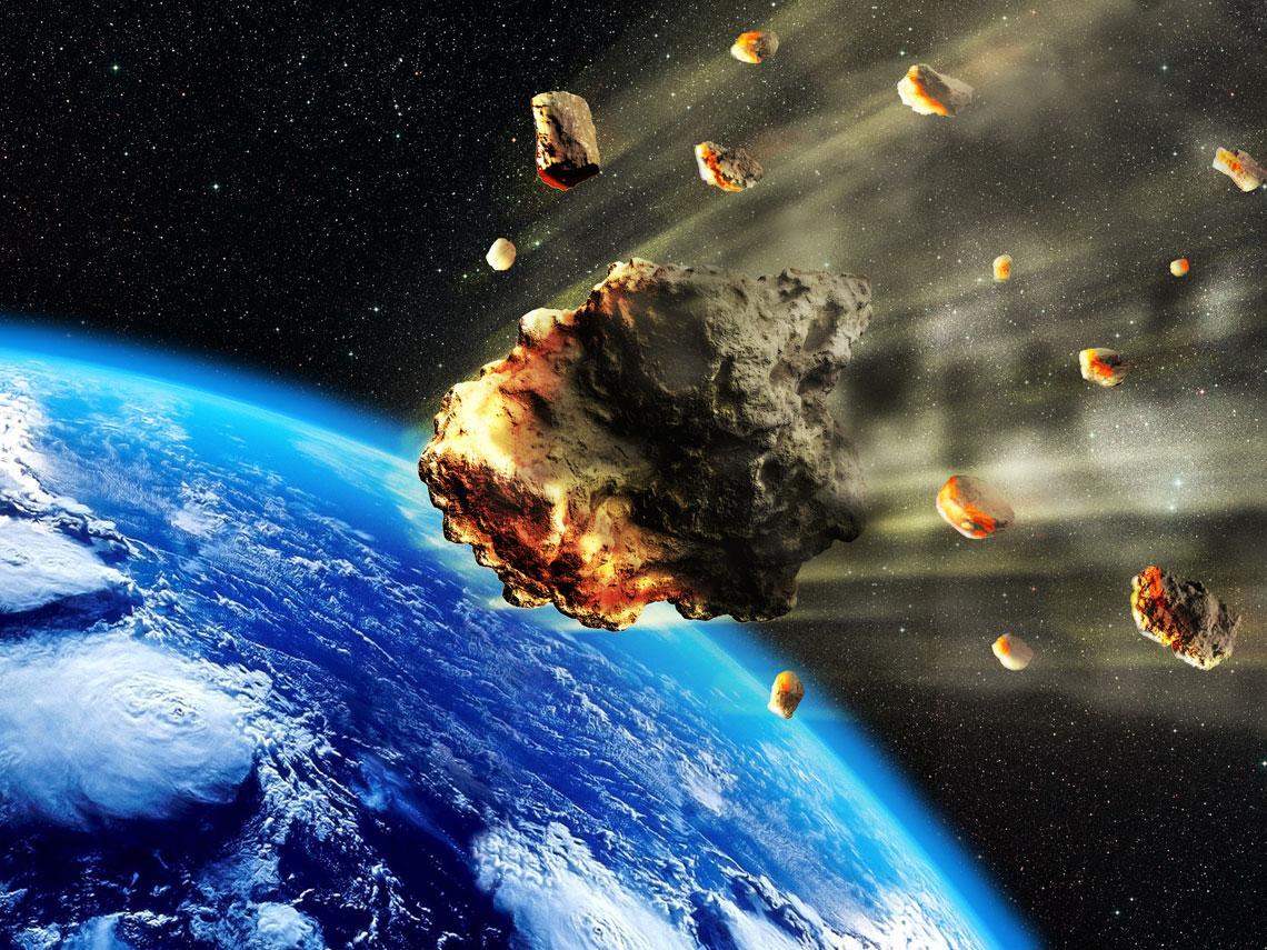 meteorito cayendo en la Tierra